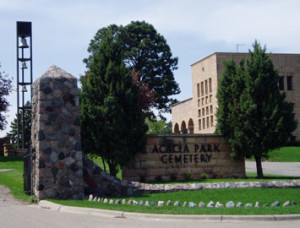 Entry to Acacia Park